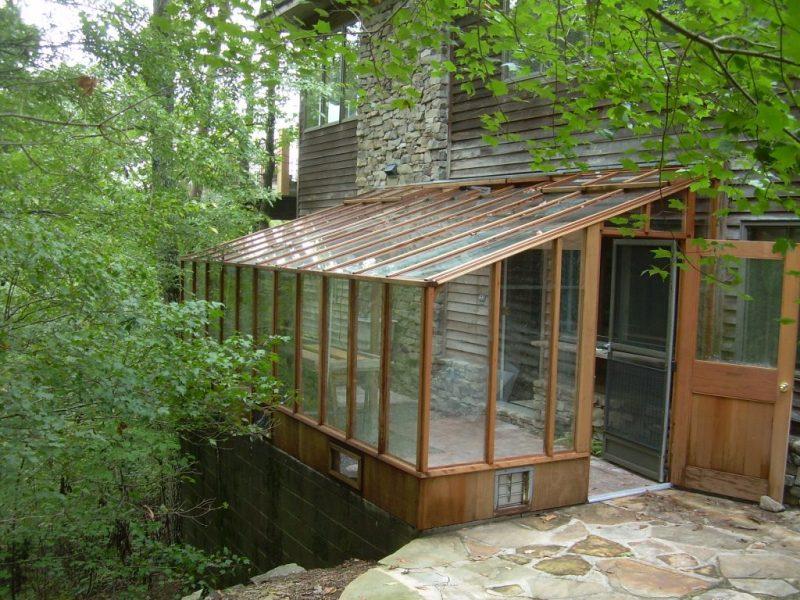 Garden sun room on a patio