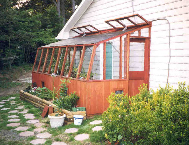 Redwood Greenhouse Features In Sturdi Built Greenhouses
